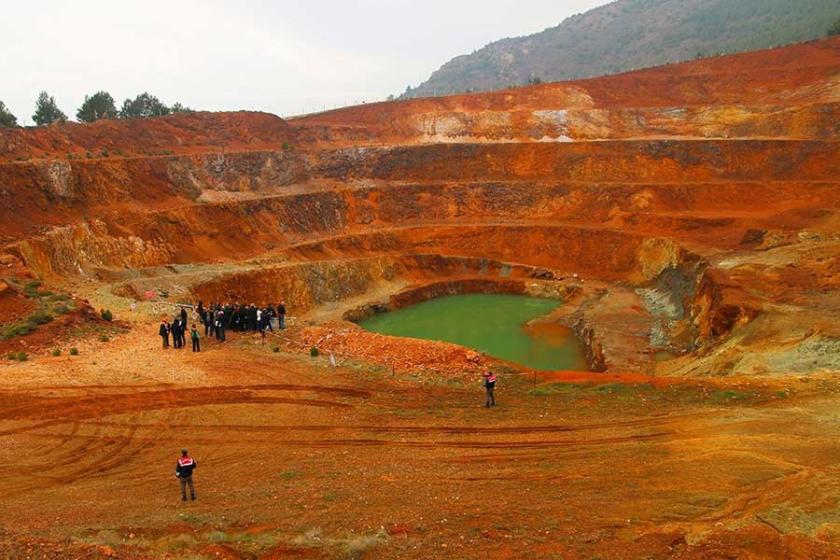Danıştay, rapora rağmen Çaldağı'da madenciliğine yeşil ışık yaktı
