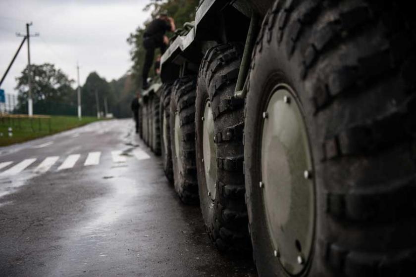 Ukrayna'da cephanelik patladı