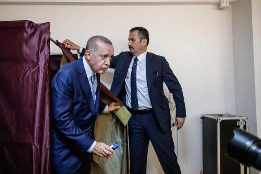 Düşen oy oranından rahatsız olan Erdoğan'dan yerel seçim talimatı