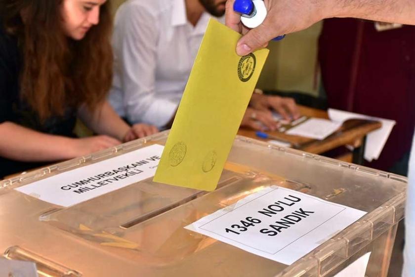 Metropoll'un anketine göre AKP yüzde 41, CHP yüzde 25 oy oranında