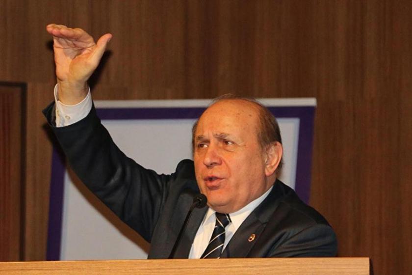 Burhan Kuzu, AKP'nin çoğunluk kaybını milletvekili olmamasına bağladı