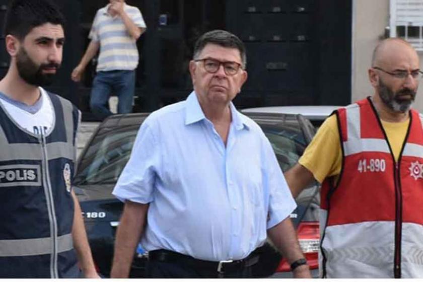Zaman Davasında 6 gazeteci ve yazara örgüt üyeliğinden hapis cezası