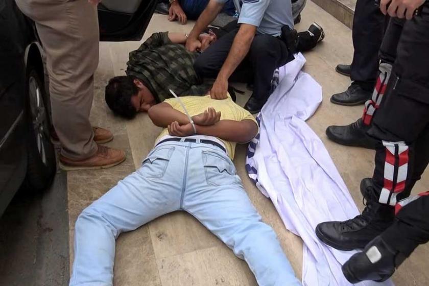 Polis asma yaprağını uyuşturucu sandı: 3 gözaltı