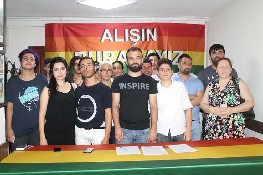 Adana'da onur yürüyüşünün yasaklanmasına tepki