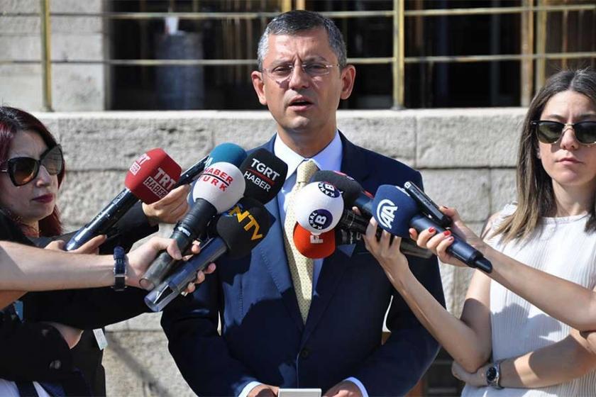 CHP'liler Erdoğan yemin ederken ayağa kalkmayacak