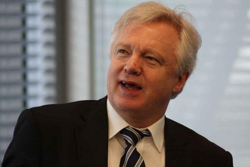 İngiltere Brexit Bakanı David Davis istifa etti