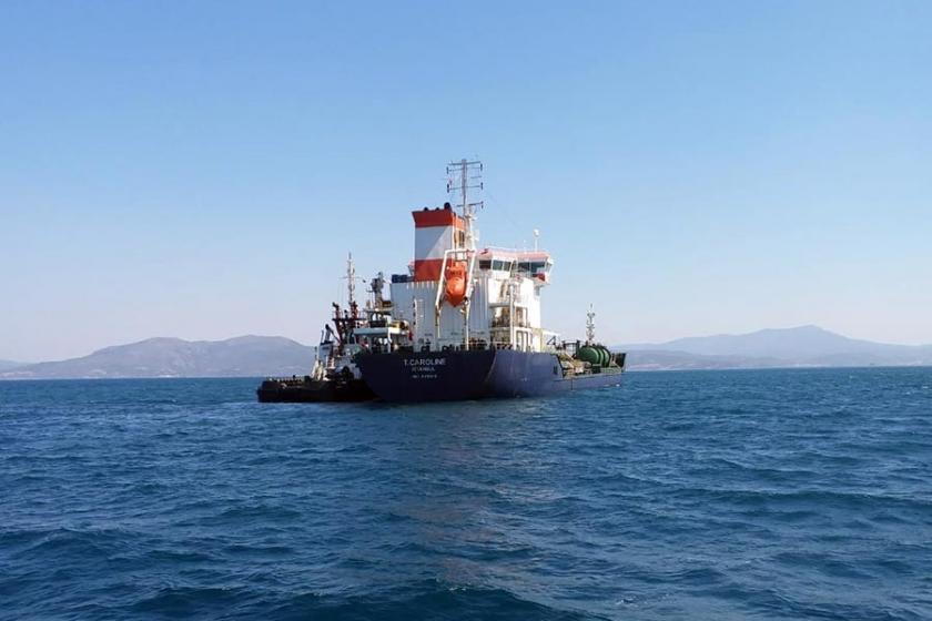 Su alan akaryakıt gemisinde tahliye işlemi başladı