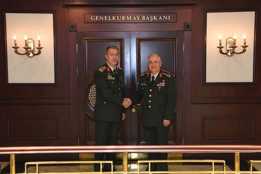 Hulusi Akar, Genelkurmay Başkanlığı görevini Yaşar Güler'e devretti