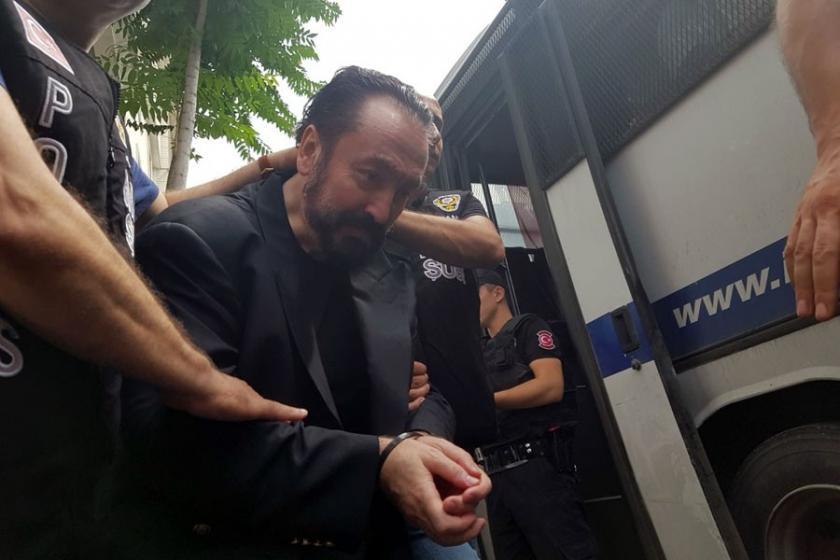 Adnan Oktar soruşturması: 9 kişi gözaltına alındı