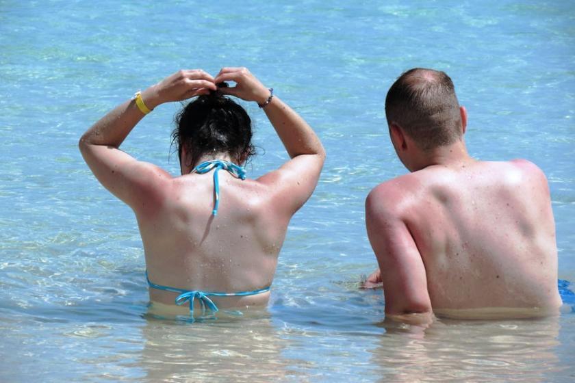 Yeterli D vitamini için ne kadar ve nasıl güneşlenmeliyiz?