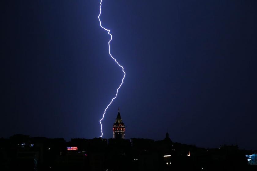 Meteoroloji: Şiddetli yağış İstanbul'da akşama kadar etkili olacak