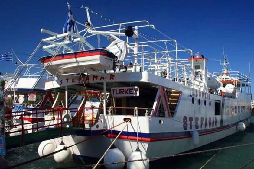 Ege'de Yunanistan feribotu arızalandı, Bodrum'a çekildi