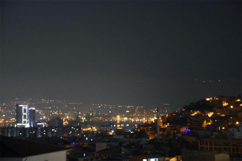 İzmir'de yayılan kötü koku halkı tedirgin etti