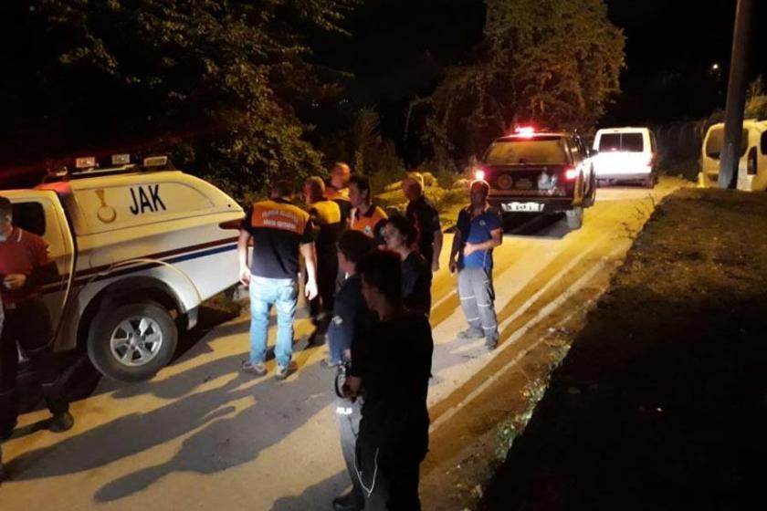 Ormanda kaybolan 2 lise öğrencisi, 3 saat sonra bulundu