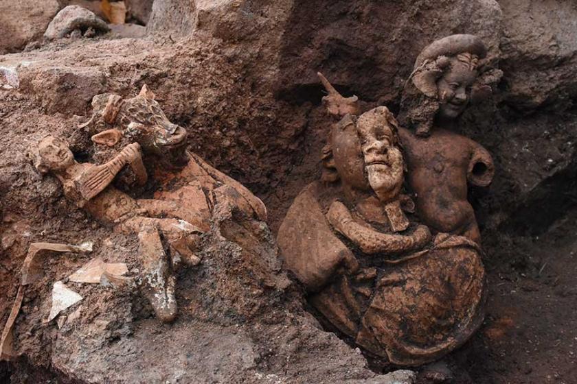 Ordu Kurul Kalesi'nde 2 bin 100 yıllık üç heykel bulundu