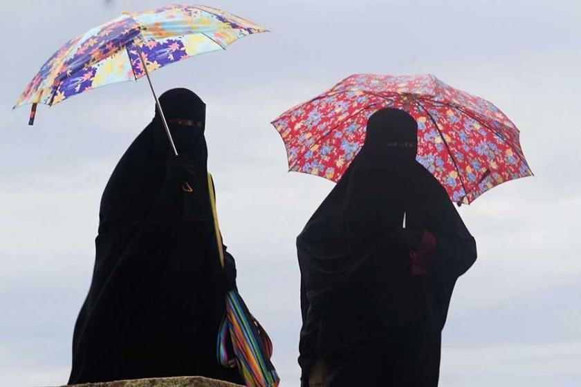 Danimarka'da burka ve peçe yasağı yürürlükte