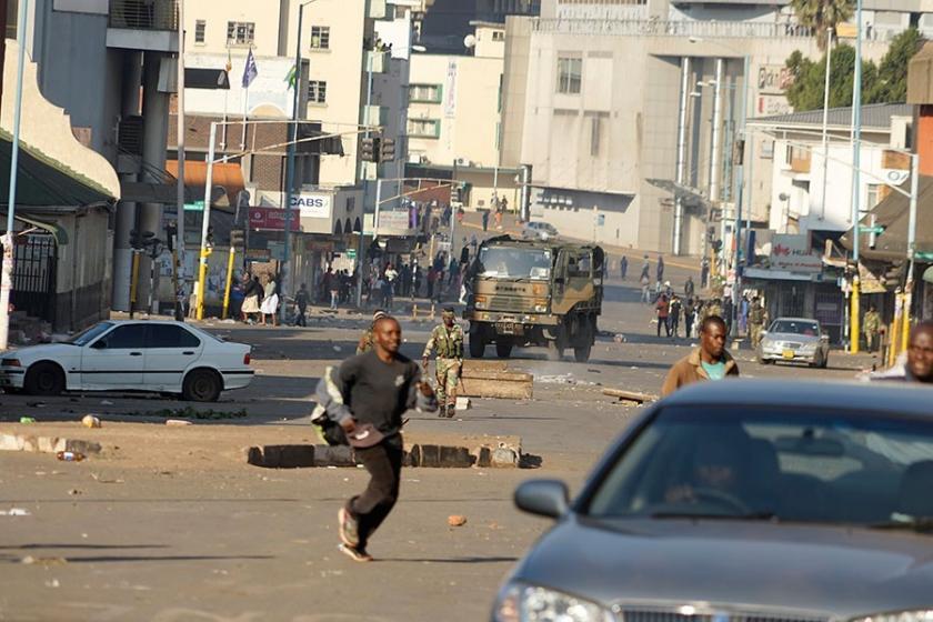Zimbabve'de seçim sonrası gösterilerde ölenlerin sayısı 6'ya yükseldi