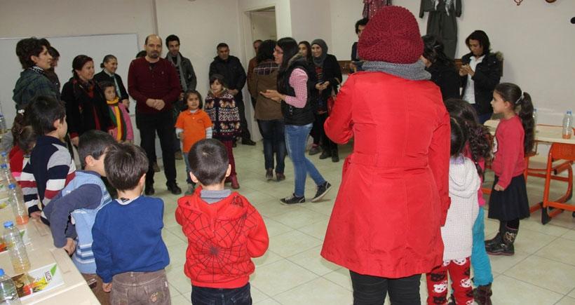 'Kürt ailelerin Türkçe konuşması çocuklar için travma'