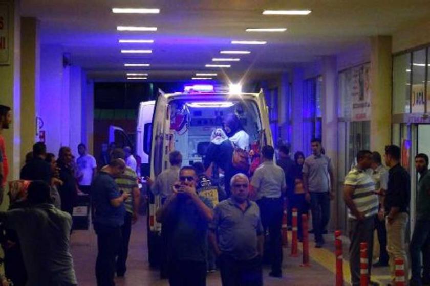 Belediye otobüsü kaza yaptı: 20 yaralı