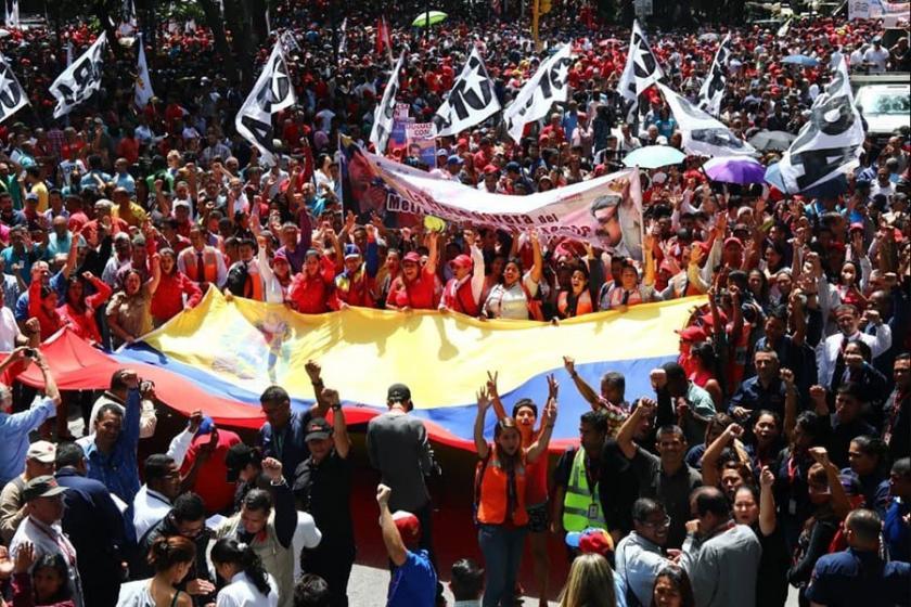 Venezuela'da son durum: Dış müdahale için yeni bir adım örgütleniyor