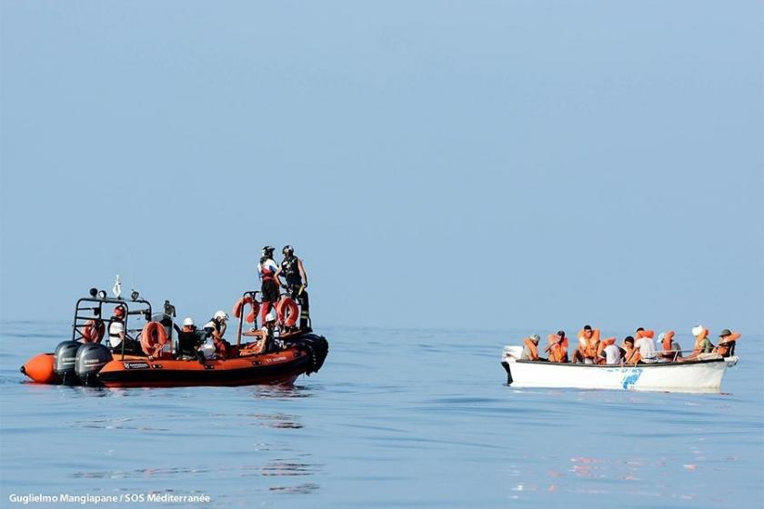 Akdeniz'de mülteci botu battı: 12 kişi öldü, 3 kişi kayıp