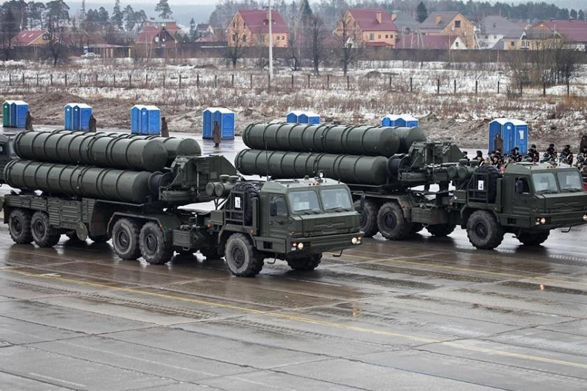 Çavuşoğlu: S-400'leri Rusya teslimata hazır olduğu an alacağız