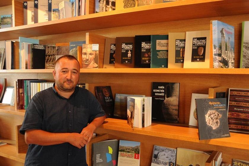 Ekrem İmamoğlu'nun seçim çalışmalarını destekleyen kütüphaneci depoya sürüldü