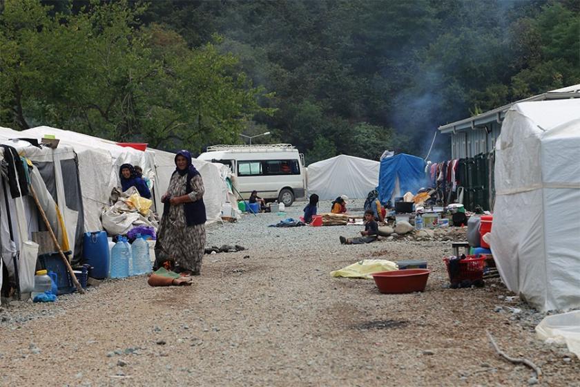 Fındık işçileri bayramı çadırda karşıladı