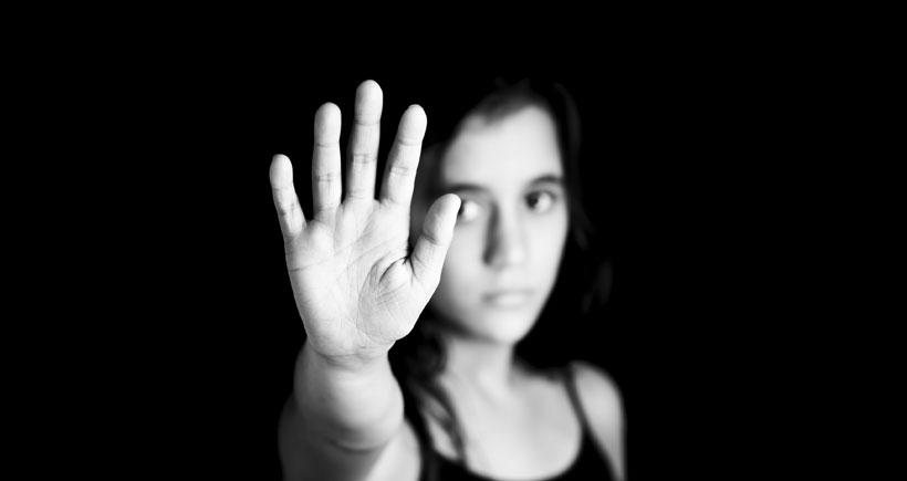 Hükümet dinlemiyor, kadına şiddet hız kesmiyor