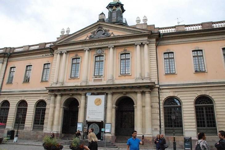 İsveç Akademisinde istifa pazarlığı