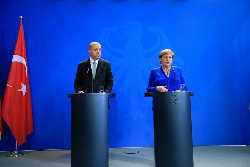 Erdoğan - Merkel açıklaması: Ekonomide hemfikir, yargıda ihtilaf