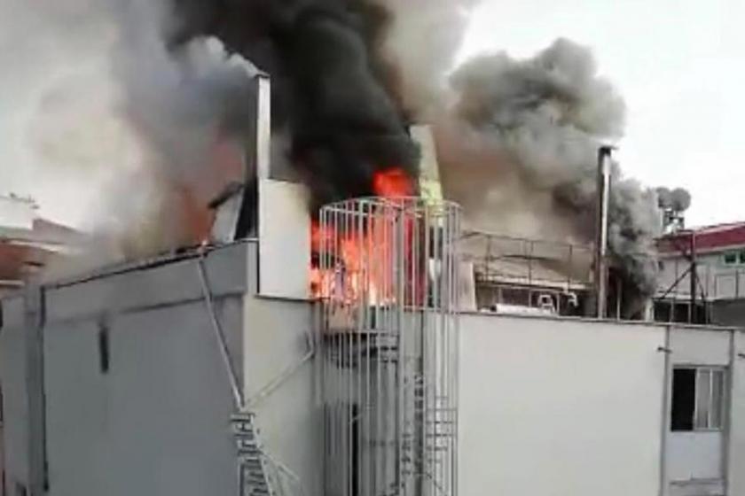 Ümraniye'de sehpa imalathanesinde yangın