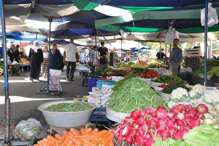 Mersin'de 170 pazarcıdan 75'i tezgah açmadı