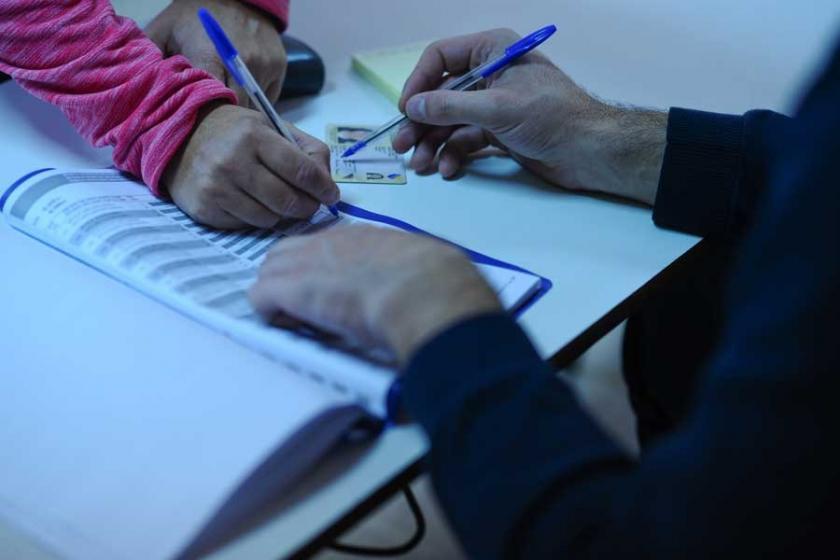 Letonya'da seçimlerin galibi Rusya yanlısı parti