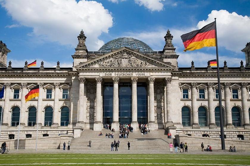 Almanya'da eyalet seçimi: Bavyera'da siyasi deprem bekleniyor