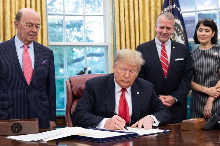 Trump, doğuma bağlı ABD vatandaşlığını kaldırmaya hazırlanıyor