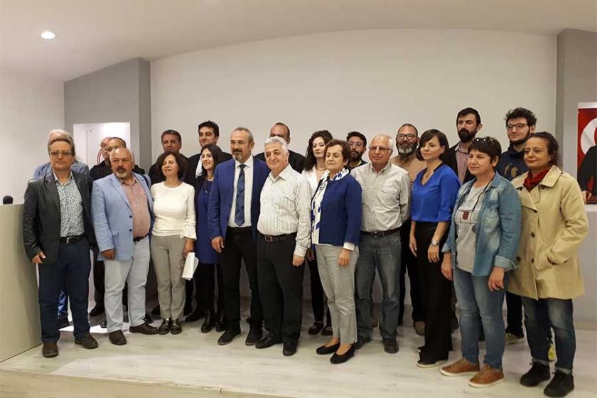 İzmir'e Sahip Çık Platformu çevre avukatlarına sahip çıktı