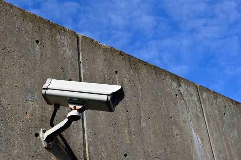 Tutuklu eski HDP milletvekillerine kamera cezası