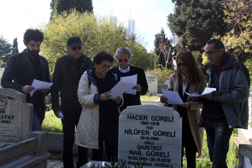 Gazeteci Nail Güreli, mezarı başında anıldı