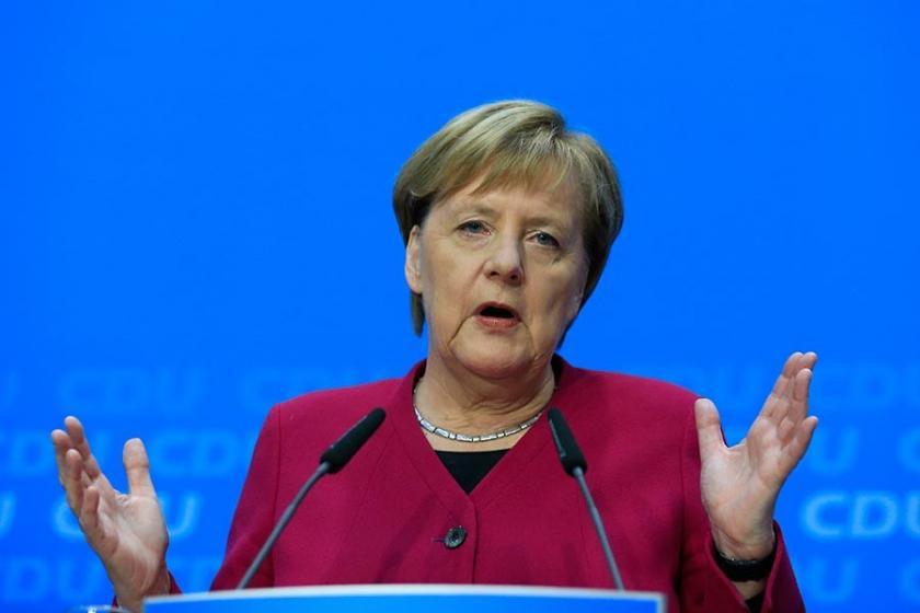 Merkel: Bırakma kararım beni uluslararası politikada zayıf düşürmez