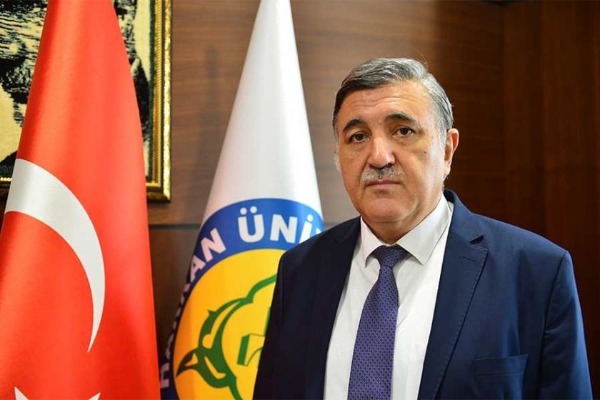 'Erdoğan'a itaat etmek farzdır' diyen Rektör Taşaltın istifa etti