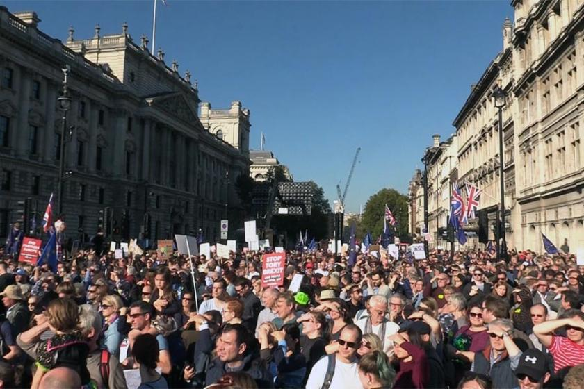 AB ve Birleşik Krallık Brexit üzerinde prensipte anlaştı