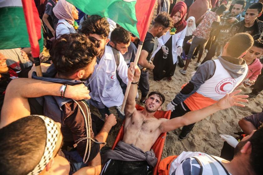 Direnişin sembolü haline gelen genç Filistinli yaralandı