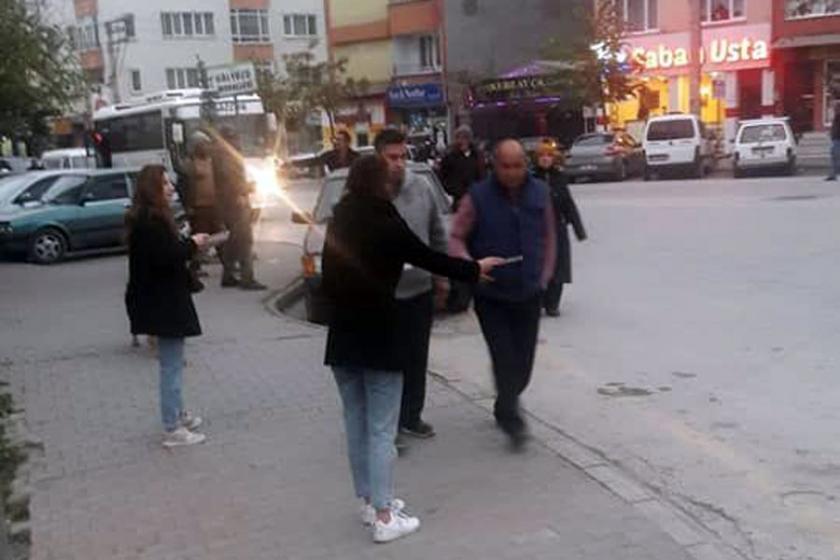 Bolu'da polis, EMEP üyelerinin bildiri dağıtımını engellemeye çalıştı