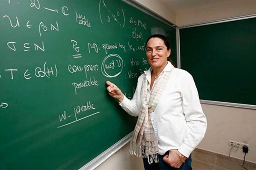 Prof. Dr. Betül Tanbay kimdir?