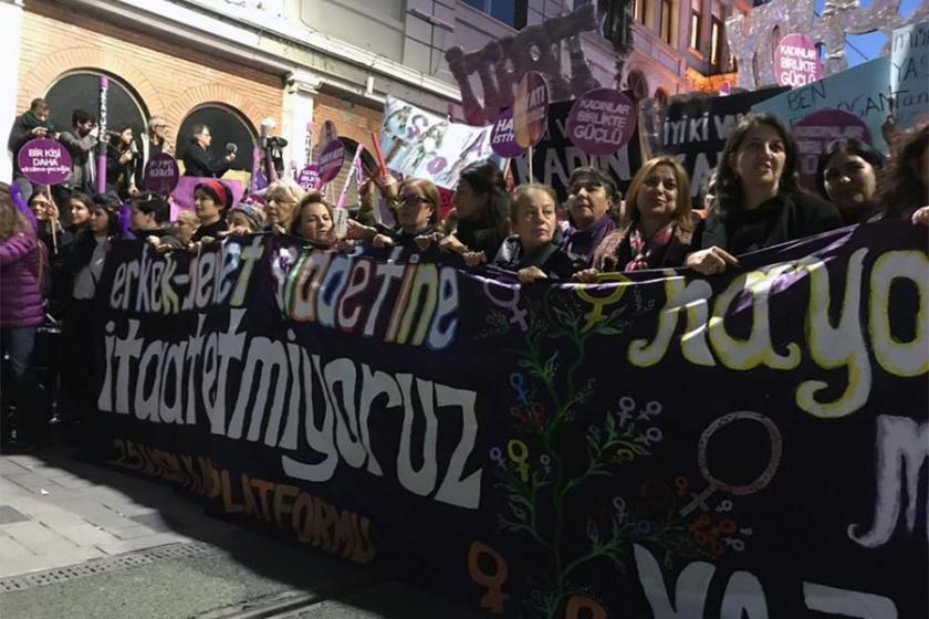 'Şiddete karşı haklarımızı ve emeğimizi savunuyoruz'