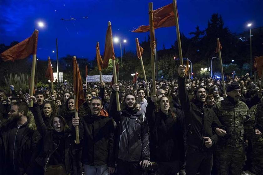 Yunanistan'da on binlerce kişi Politeknik Direnişi'ni andı
