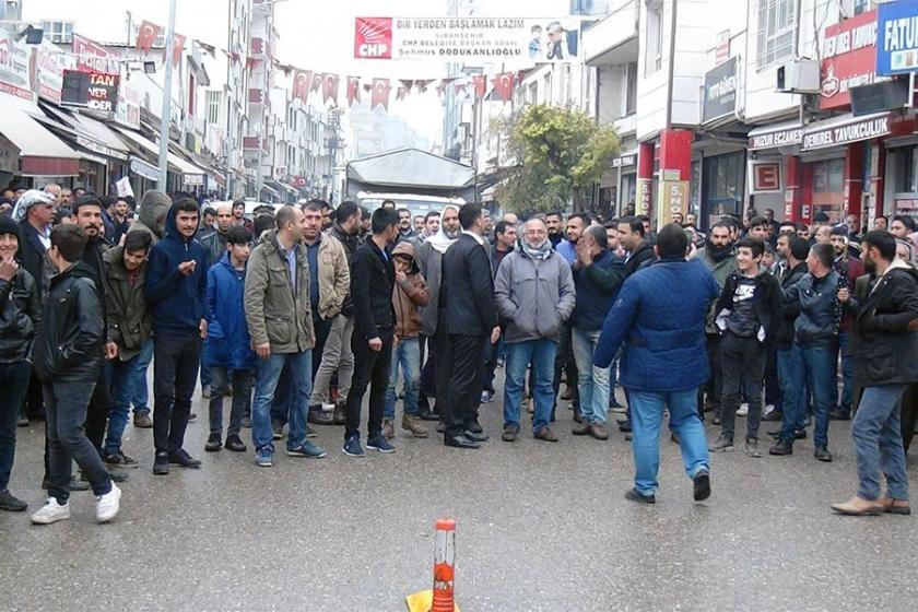 Urfa'da elektrik kesintisi protestosu
