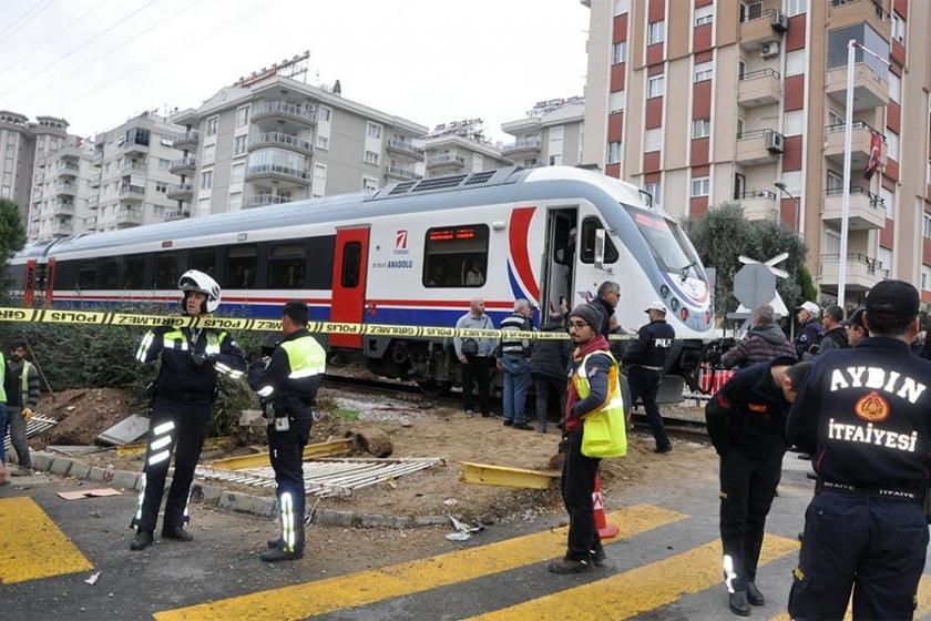 Aydın'da hemzemin geçitte kaza: 1 kişi yaralandı