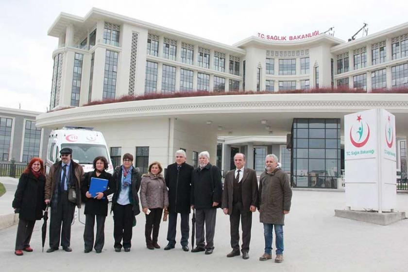 Ankara'dan 10 bin imza Bakanlığa teslim edildi